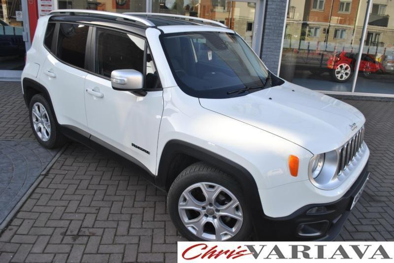 2015 Jeep Renegade LIMITED ** WHITE WITH BLACK ROOF ...