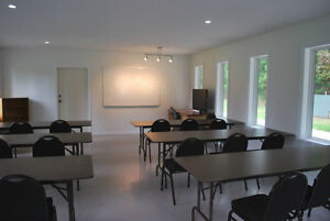 Class room/meeting room for rent, pet friendly Campbell River Comox Valley Area image 3