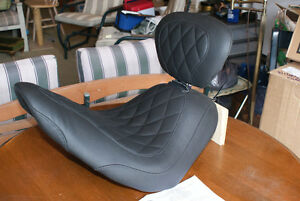 Mustang Seat for FatBoy/Fat Boy lo.