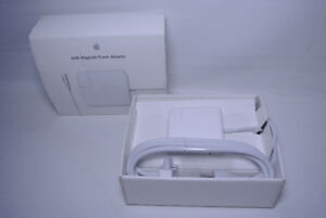 Apple  60W MagSafe Power Adapter mackbook charger