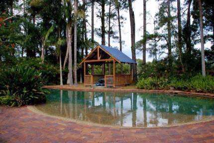HUGE luxurious 5 Bedroom house for SHARE rental! FERNVALE