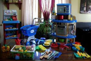 10 lot de jouets FILLE