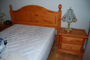 Lit queen kijiji free classifieds in gatineau find a for Ensemble de chambre a coucher en bois