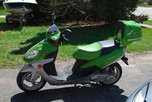 Daymak scooter