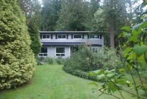 Open House every SATURDAY 666.176 street Surrey   2,1  acre 6BR