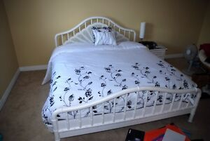 5 piece queen bedroom set with mattress!