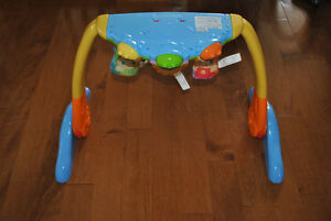 Playskool GloWorld Convertible Back to Belly Music and Light Toy Peterborough Peterborough Area image 2