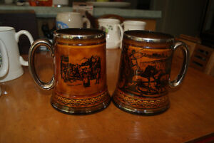 COLLECTION OF 2 VINTAGE BEER STEINS / MUGS