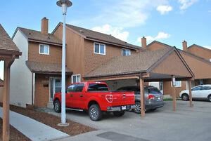 4-Bdm Townhouse Callingwood, West Edmonton - price reduced!