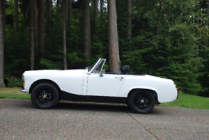 MG Midget 1976 1500cc four speed manual.  Reduced $1,000