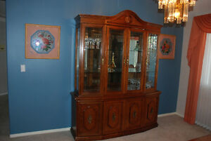 Display Cabinet for china and crystal