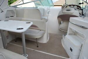 2005 Chaparral 260 Signature well maintained, new enclosure Belleville Belleville Area image 10