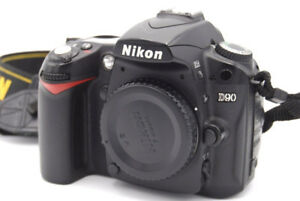 Nikon D90 + 18-55mm + 55-200mm lenses Price low to sell FAST