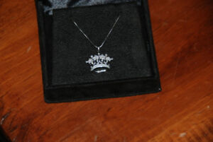 "DIAMOND CROWN PENDANT W 14KT W.G. CHAIN,18""APPRAISED"