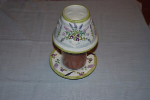 YANKEE CANDLE AND DECORATIVE HOLDER