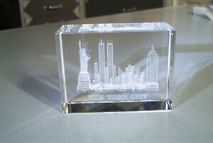 Petit Presse-Papier en acrylique Ville de New-York & Tours WTC
