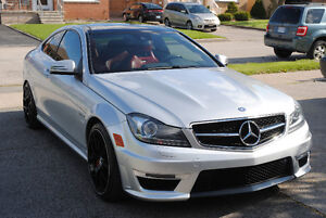 2013 Mercedes-Benz C63 AMG Coupe Performance Package