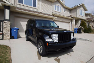 GOOD MAINTENANCE - 2008 Jeep Liberty SUV, Crossover