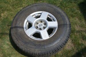 2014 Nissan Truck tire LT265-75-R16 London Ontario image 1