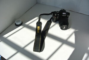 Nikon D60 with len - Great Camera for beginner!