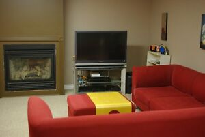 BEAUIFUL LAURIER HEIGHTS FURNISHED ONE BEDROOM SUITE