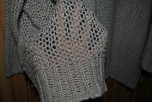 2 sweaters: Blush pink Old Navy and Black G21 London Ontario image 3