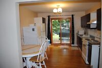 U of A Furnished Room for female U of A student, 116 St & 89 Ave