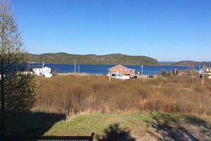 Home for Sale in Beautiful Trinity B. Bay (CWT)