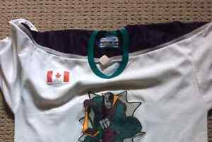 4 hockey jerseys, light shoulder pads London Ontario image 5
