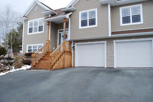 --HOUSE FOR SALE--1+ACRE--15 MIN TO HALIFAX--