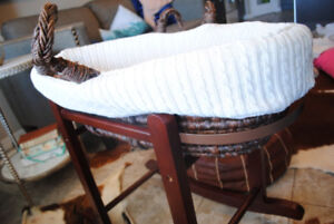 Moses basket with stand from RH