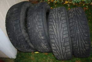 Winter Tires for Sale 215/70/R16