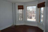 3+1 bedroom apartment available March 1