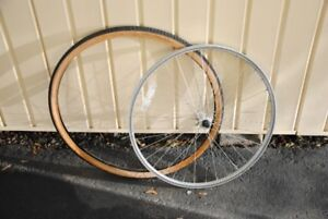 """26"""" HOOPSTER FRONT WHEEL & TIRE"""