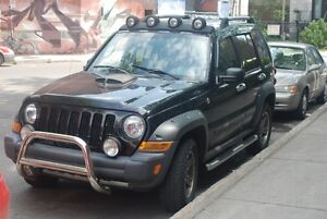 2006 Jeep Liberty rockmountain Camionnette