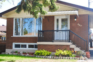 3 Bed 1 Bath Fully Renovated Detached Bungalow Main Floor Only