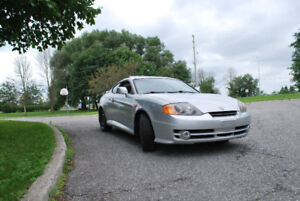 2001 Hyundai Tiburon TUCSANI MODEL Coupe (2 door)