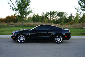 2011 Ford Mustang V6 Pony Package Coupe