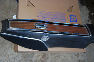 1969 1970 DODGE CHARGER B BODY AUTOMATIC CONSOLE