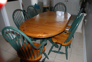 Pine kitchen or dining room set with 6 chairs