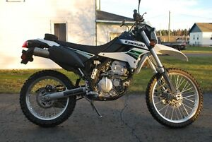 KAWASAKI KLX 250S STREET&TRAIL EXCELLENT CONDITION LOW KM