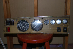 1969  DODGE CHARGER WOODGRAIN GUAGE CLUSTER