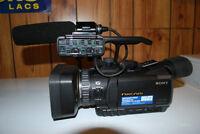 SONY HXR-NX70 HD CAMCORDER
