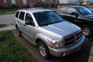 2006 Dodge Durango Limited, LOADED 4x4 Hemi 5.7, Seats 8, DVD, Kitchener / Waterloo Kitchener Area image 2