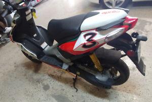 2011 Aprilia SR50 Project Moped/Scooter