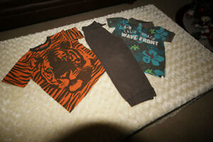 Boys H & M Jogging Pant & 1 T-Shirt & 1 Polo Top Size 5 Years