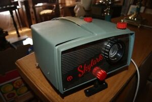 Vintage 1960s Mansfield Skylark Model 300 Slide Projector West Island Greater Montréal image 1