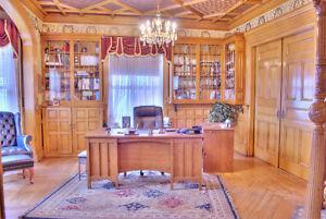 Bureau à louer/  Psychologues, avocats, professionnels, etc...