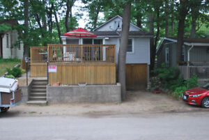 Downtown Grand Bend Cottage...Great Location, Great cottage