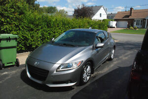 2011 Honda CR-Z hybride 10,000$ negociable